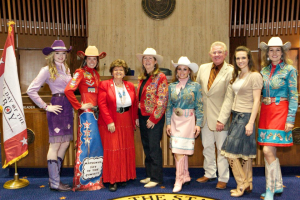 Group in Senate chamber Apr 2013